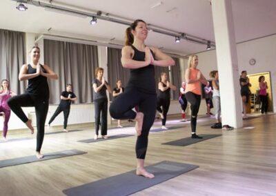Club Yoga